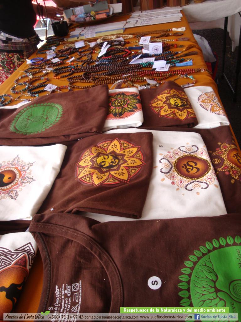 feria_holistica_algodon_organico_ropa_ecologica_artesania_costa_rica