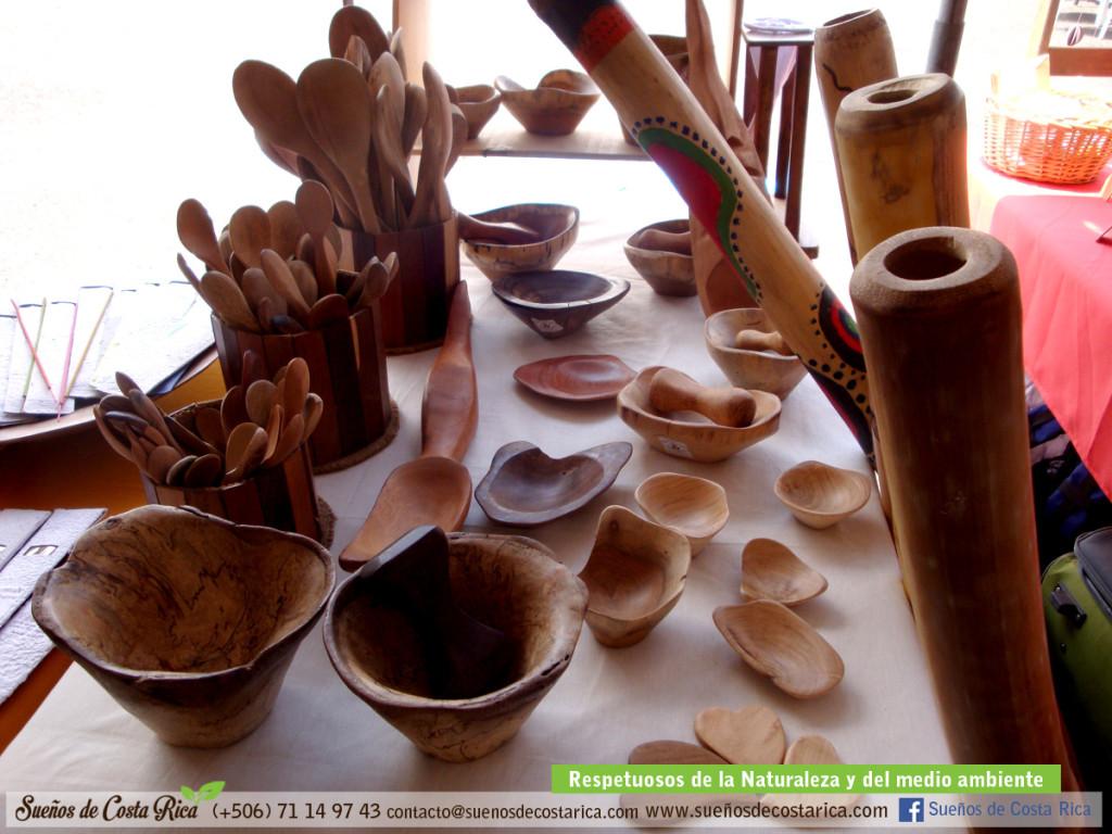 feria_holistica_madera_natural_artesania_ecologico_costa_rica